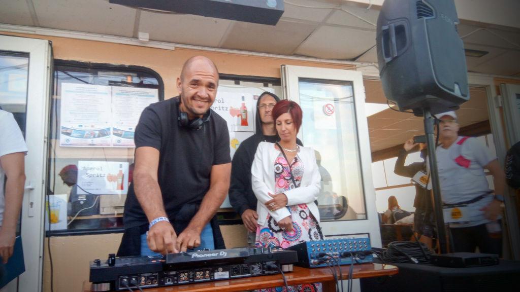 DJ Lauer