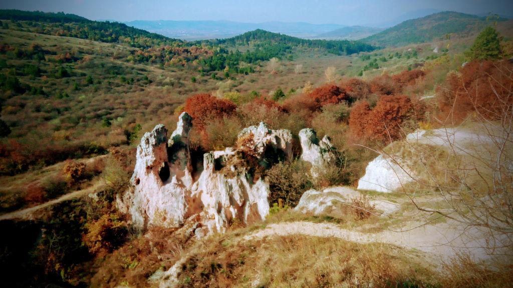 A Teve-szikla őszi díszben